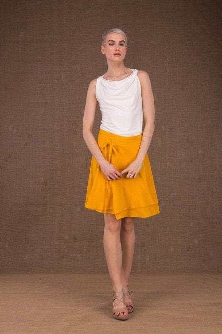 Aria jupe courte portefeuille jaune en coton - 1