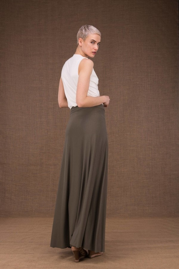 Blizzair long olive skirt in viscose knit -4