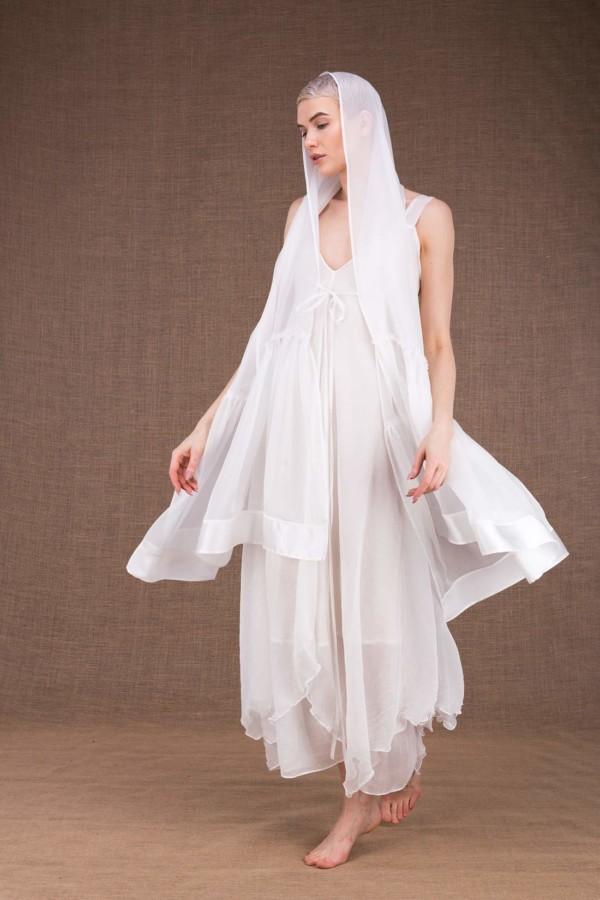 Bora white silk wedding shawl - 2