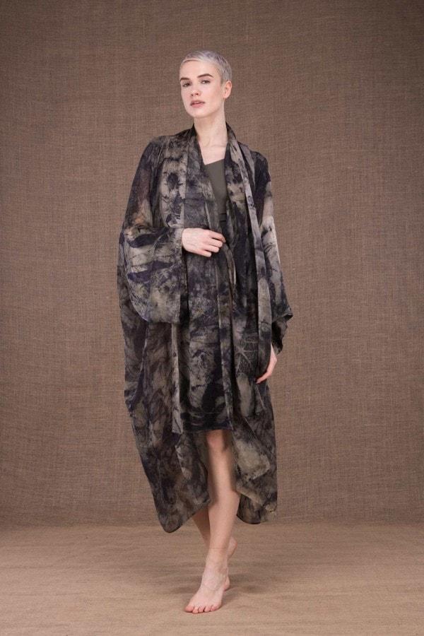 Tropical robe-kimono imprime a la main en soie - 2