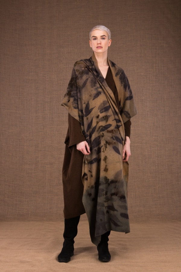 Virtuo eco-print wool shawl - 1