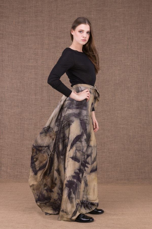 AIA eco print silk satin long skirt - 3