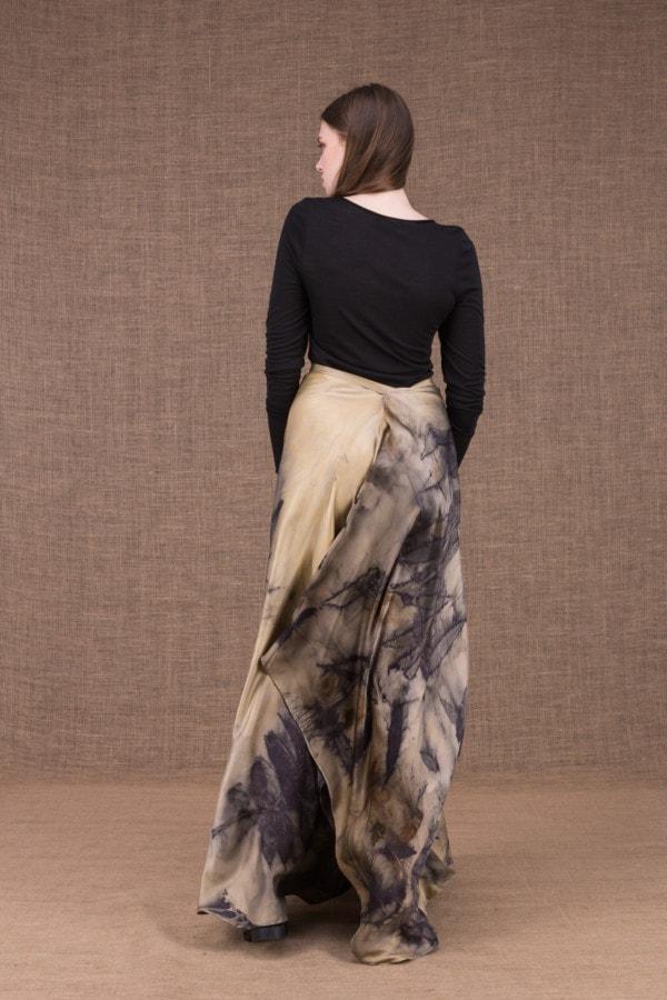 AIA eco print silk satin long skirt - 4