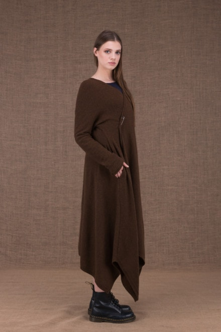 Ilulissat asymmetric long brown wool coat - 2