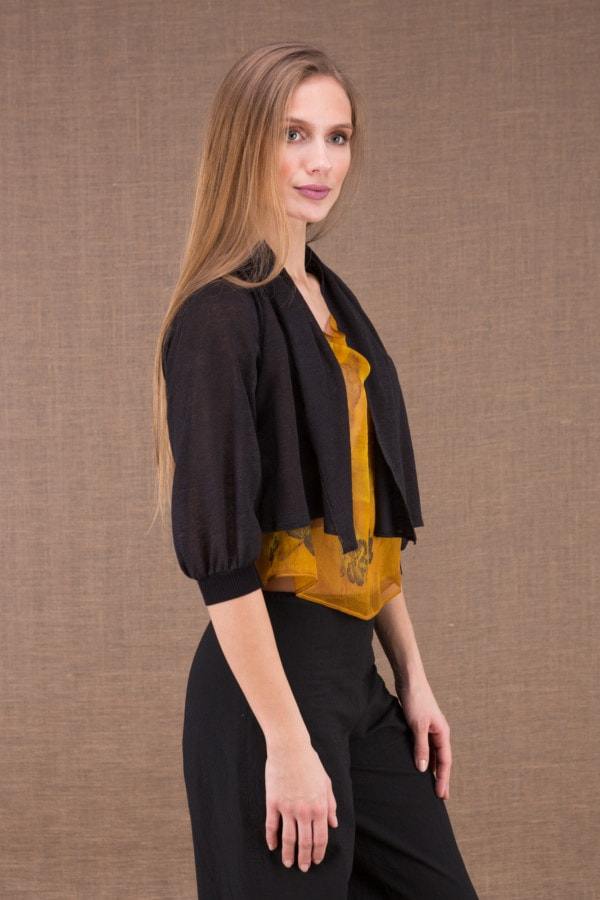 ECLI Black short linen knit jacket 3