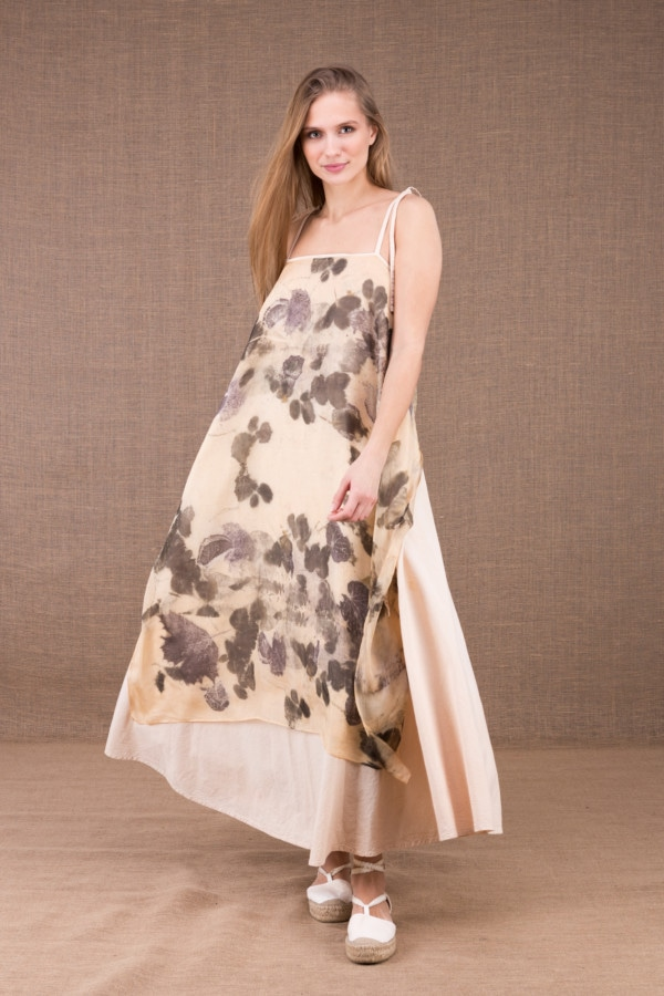 FEE long organic cotton dress with eco print silk apron 3