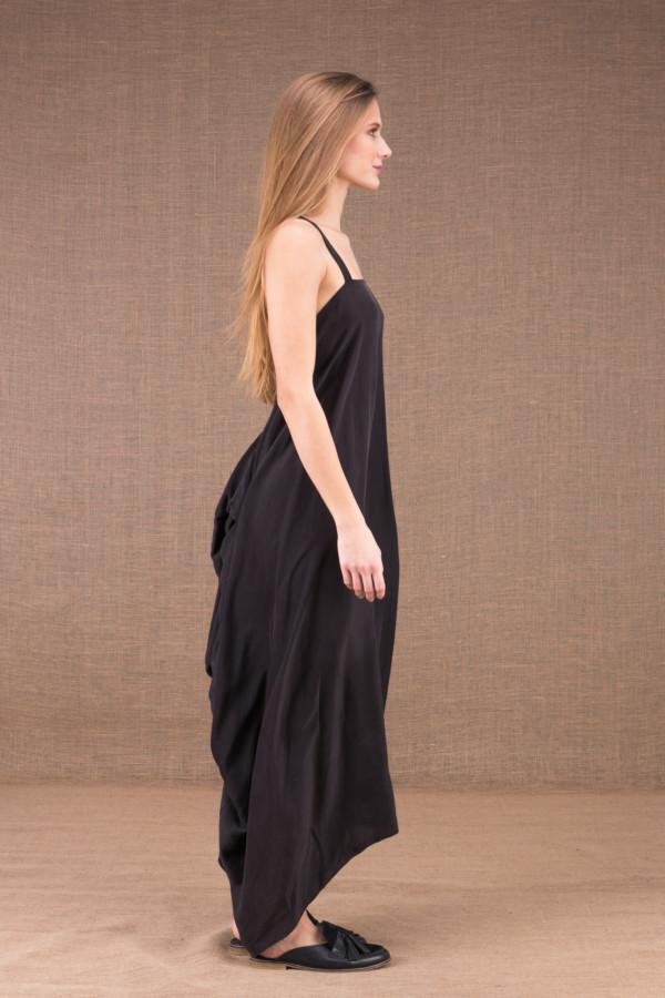IZA robe longue dos nu en satin de soie 3