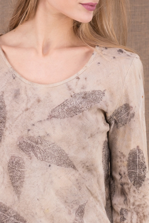 MIKA Beige organic cotton eco print t-shirt 1