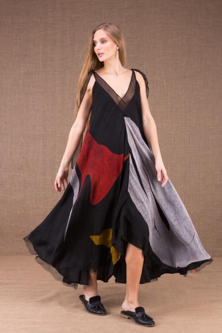 RIAMA Multicolore robe longue evasée en soie peint à la main 1