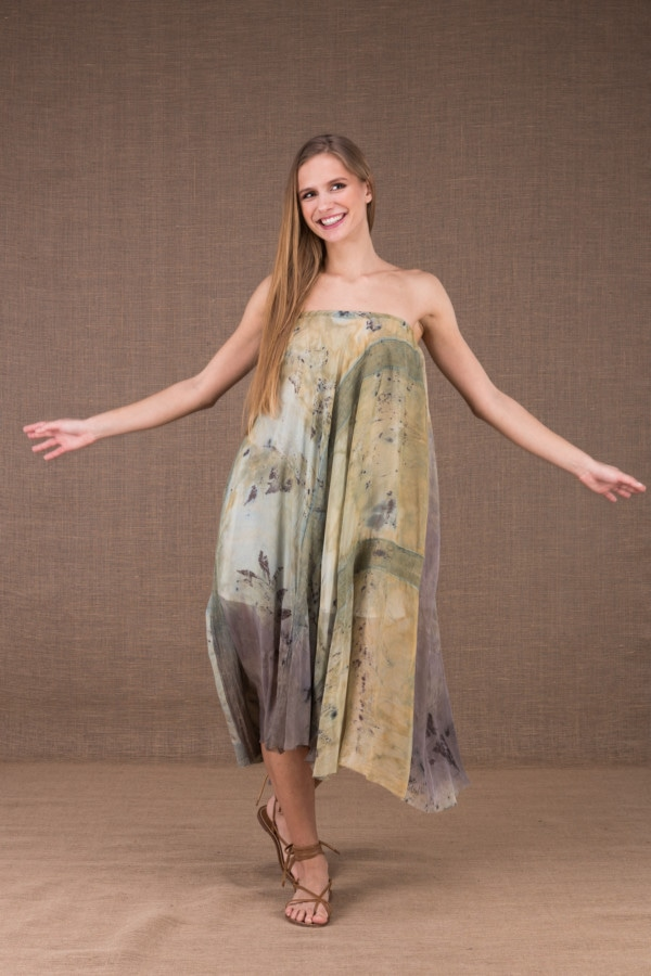 WANDA flared mid-length dress in organic cotton and eco print silk 1