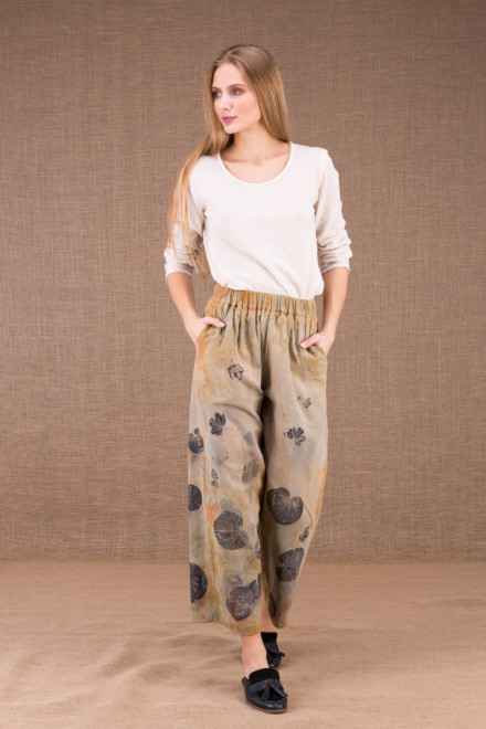 HALNY wide pants in organic cotton eco print 1