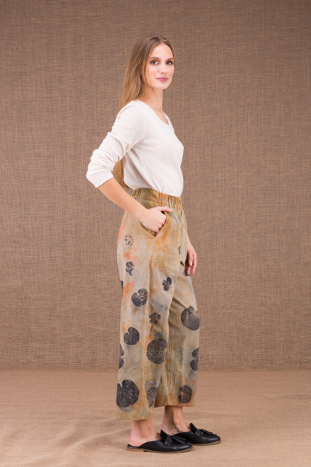 HALNY wide pants in organic cotton eco print 2