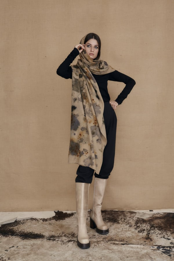 VIRTUO eco-print wool single handle shawl - 4