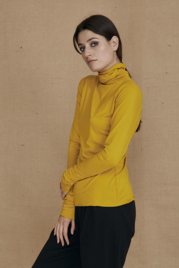 Fine-knit yellow viscose turtleneck WONDER - 2